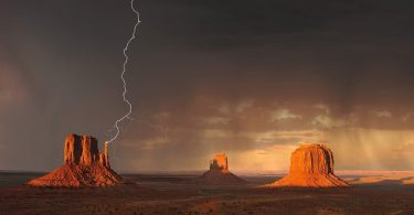 monument valley lightning strike